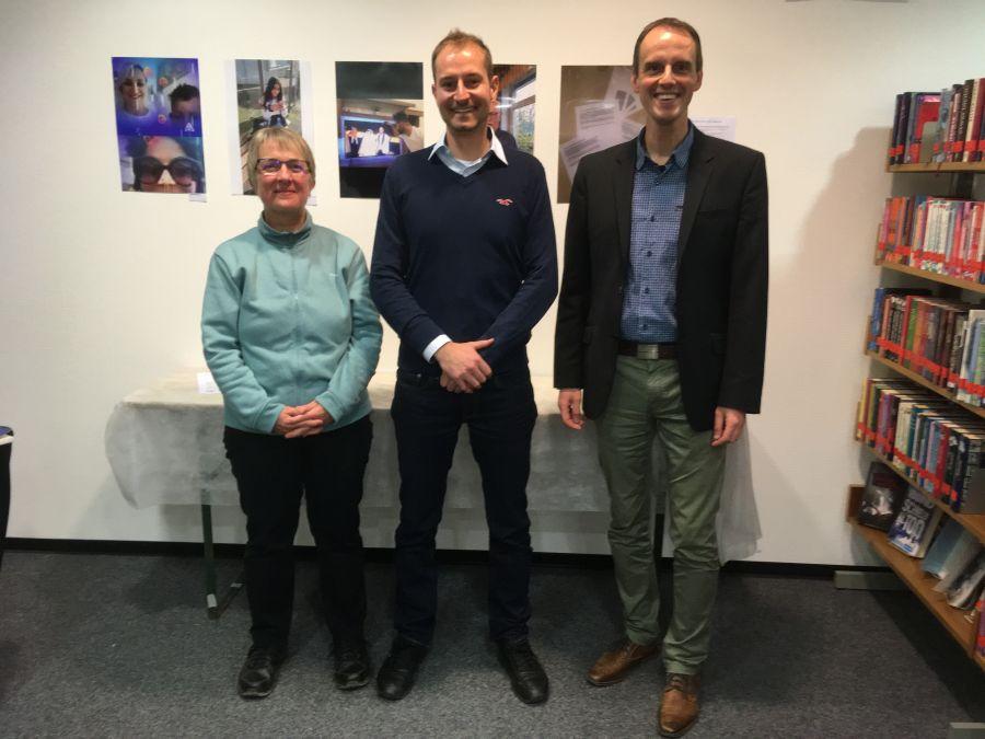 Gemeindebücherei - Fotoausstellung Zeig mir Deine